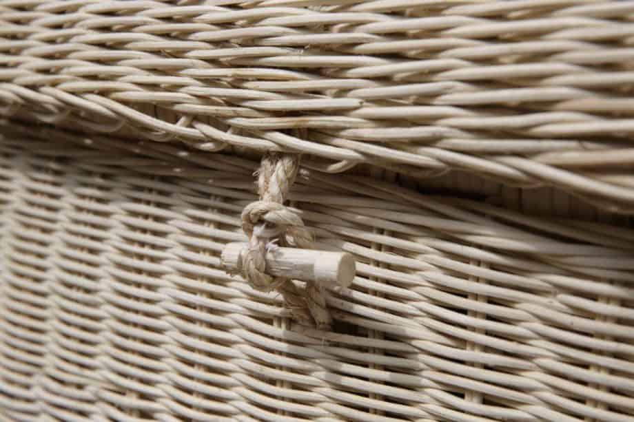 Wicker coffin toggles